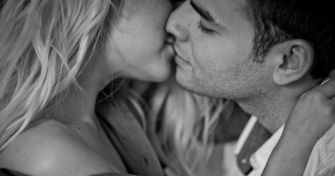 Die Mingle-Beziehung: Gemeinsam einsam? | apomio Gesundheitsblog