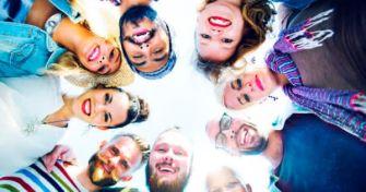 Pansexualität: Die Liebe zum Menschen statt zum Geschlecht | apomio Gesundheitsblog