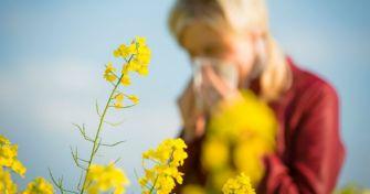Warum die Nase läuft: Vier Unterschiede zwischen Allergie und Erkältung | apomio Gesundheitsblog