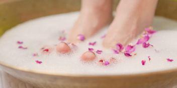 Die besten Tipps für natürlich schöne Füße