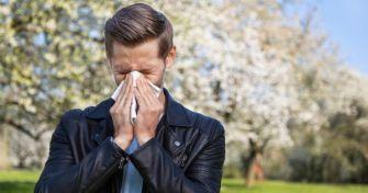 Wenn das Immunsystem durcheinander kommt: Kreuzallergien | apomio Gesundheitsblog