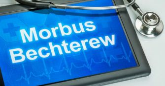 Morbus Bechterew (Spondylitis ankylosans) | apomio Gesundheitsblog