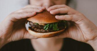 Unkontrollierbare Essanfälle: die Binge Eating-Störung | apomio Gesundheitsblog